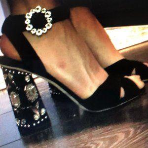 ♥  Rare Dolce & Gabanna heels Size 9